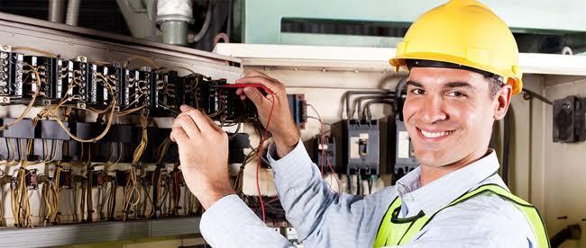رقم كهربائي بالكويت – 51113865 -كهربائي منازل الكويت _فني كهربائي بالكويت